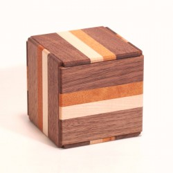 Boite Karakuri Bako Cube 12 mouvements / 4 suns